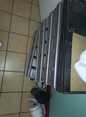 bo5 new bread pans for sale buy own R400 each