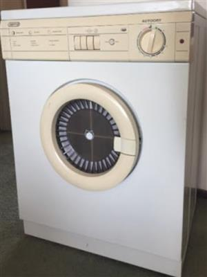 Defy tumble dryer R550