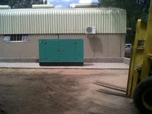 100Kva New silent/closed generator diesel en