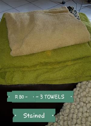 3 Green stained towels