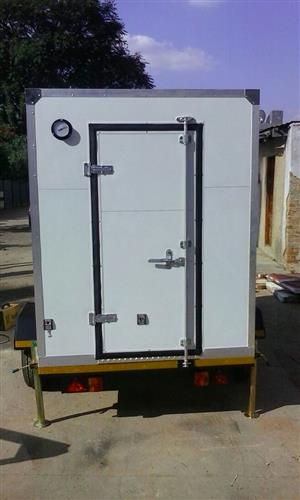 We do supply of cold rooms and manufacturing variety mobile cold rooms trailers