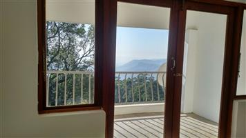 Two bedroom apartment with amazing views in Bothas Hill
