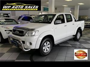 2011 Toyota Hilux V6 4.0 double cab 4x4 Raider automatic