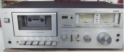 AIWA  Vintage Cassette Deck - M200 - in excellent condition
