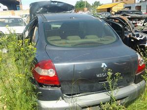 Renault Megane 02-09 MK2 Stripping