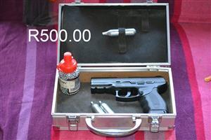 Gas pistol set for sale