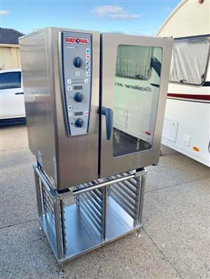 RATIONAL CMP 101 COMBI OVEN VERY EXPENSIVE NEW DON'T MISS THIS OVEN