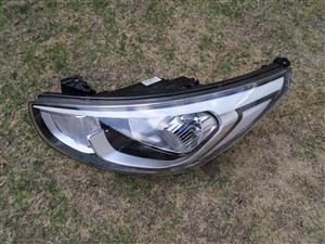 2018 HYUNDAI ACCENT HEAD LIGHT FOR SALE