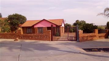 House for sale. Soshanguve DD