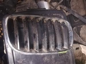 BMW 2008-2012 X5 X6 E70 E71 RIGHT FRONT GRILL