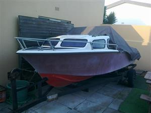 Calibre Cabin Boat 16FT - Bargain Deal !!!