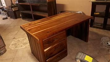 Sleeper wood desk