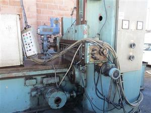 MAS Plano milling machine - ON AUCTION