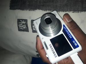 Samsung dual screen smart camera dv150f