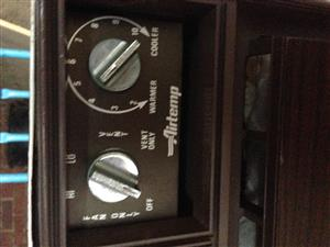 Airconditioner ,Wall unit , old but in working condition , suitable for workshop or garage