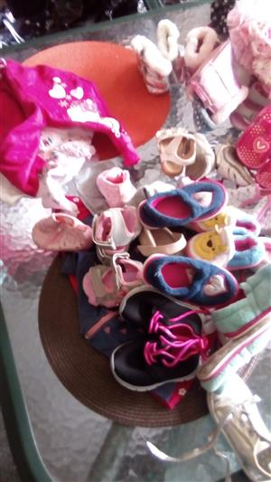 3-18 months girls baby clothes and shoes