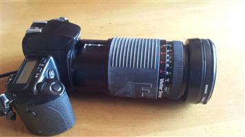 Camera lens 28mm - 300mm extendable