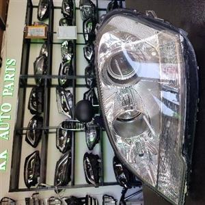 Mercedes Benz ML Class W164 Front Xenon Headlights