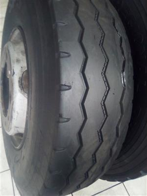 Special on 2nd hand  tyre 295/80R/22.5 in Witbank Mpumalanga