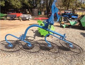 S3111 Blue U Make 4 Wheel Rake / 4 Wiel Hark Pre-Owned Implement