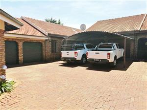 VERY NEAT & BEAUTIFUL 3 BEDROOM TOWNHOUSE WITH POOL