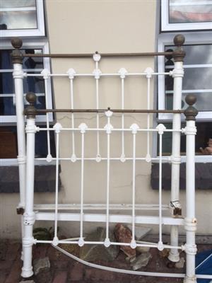 cast iron & brass bed