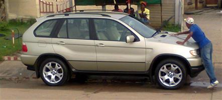 2002 BMW 5 Series 520i Luxury Line