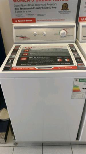 SpeedQueen 8.2kg White Washing Machine - LWS21NW