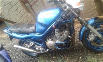 2002 Yamaha XJ