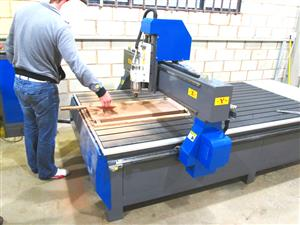 R-2040LC/50 EasyRoute 380V Lite 2050x4000mm Aluminium T-Slot Clamping CNC Router, 5kW