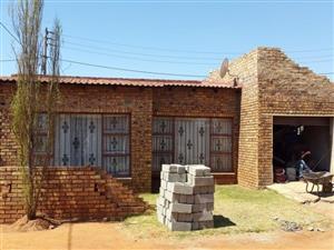 House for SALE - Kwa-Guqa