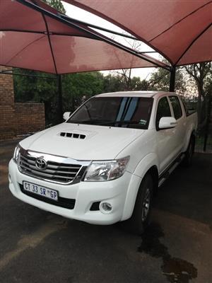 2013 Toyota Hilux 2.5D 4D double cab Raider Dakar edition