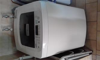 2 x washing mashines for sale