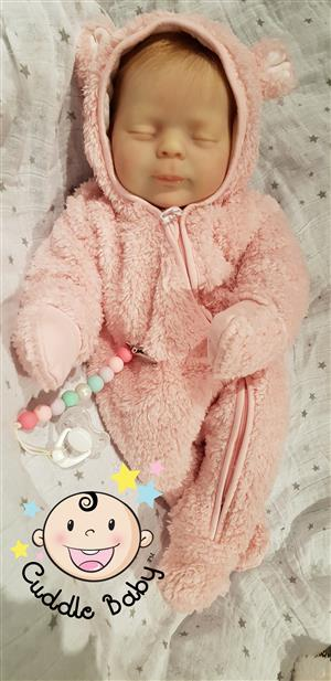 Cuddle Vinyl Baby Dolls. Beautiful doll like real! The hair is very cute!
