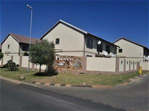 AVAILABLE 1ST FEBRUARY ! 2Bed, 1Bath Apartment To Let In Plovers Nest, Boksburg!