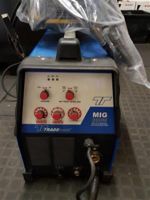 Tradeweld mig/ co2 welding machine