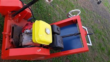 Road cutter with blade,Honda motor