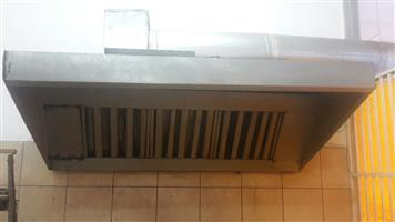 dust extractor for sale still in good shape of length 6m x 6meter