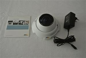 AXIS 212 PTZ Network Indoor Camera