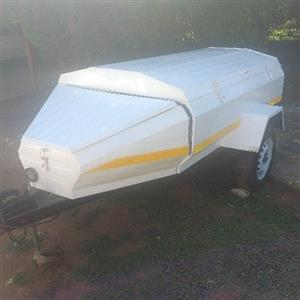 6 foot trailer with tailgate