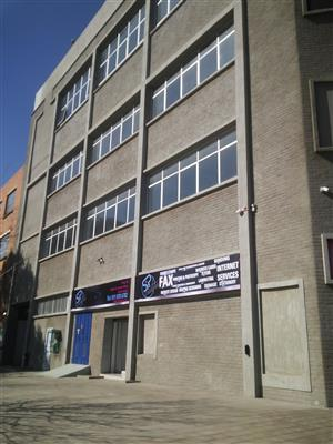 Commercial space TO LET in Robertsham