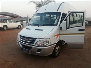 2014 IVECO BUS 23 SEATER DIESEL POWE DAILY