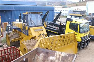 HANOMAG CD280  COMPACTOR   28 - 32 Tons