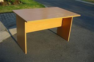 Desk(s) - study/office - chair(s) exta