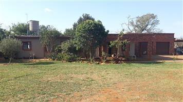 House for rent Near School, De Wildt