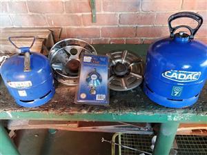 3kg-7kg gasbottels 7kg 3/4 vol. Primary kop.13pootpot prime kop regulator.