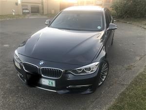 2012 BMW 3 Series 320i Luxury