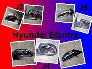 Hyundai Elantra mirrors