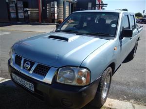 Nissan np 300 double cab diesel bakkie