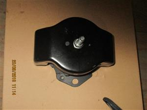 MITSUBISHI ENGINE MOUNTING COLT+PAJERO FOR SALE